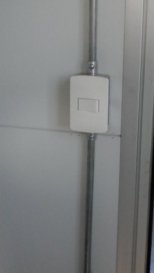 Construcci n de policl nica herten en las piedras - Tuberia para instalacion electrica ...