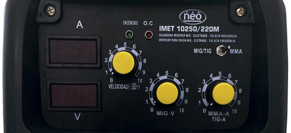 Panel con todas las opciones en IMET10250/220M.